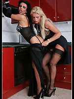 Stunning Milfs Eve and Lavienne LaVie